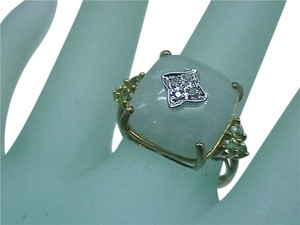 Estate Vintage 10K Yellow and White Gold RING: Genuine Jade , Peridot & Diamonds ,Circa 1930's