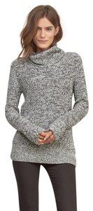 Abercrombie & Fitch Turtleneck Knit Minimalist Classic Sweater