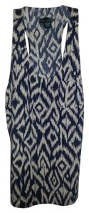 Cynthia Rowley Sleeveless Navy Shirt Top ivory / blue