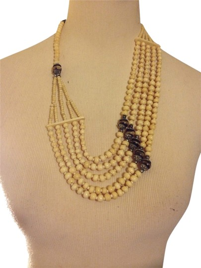 Preload https://img-static.tradesy.com/item/1452945/h-and-m-natural-brown-wear-it-many-different-ways-necklace-0-0-540-540.jpg