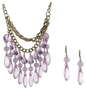 FLASH SALE THIS WEEKEND ONLY NWOT QVC Acrylic Bead Bib/Necklace & Earring Set SOLD OUT EVERWHERE $180