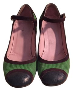 Marc by Marc Jacobs Green and brown Pumps