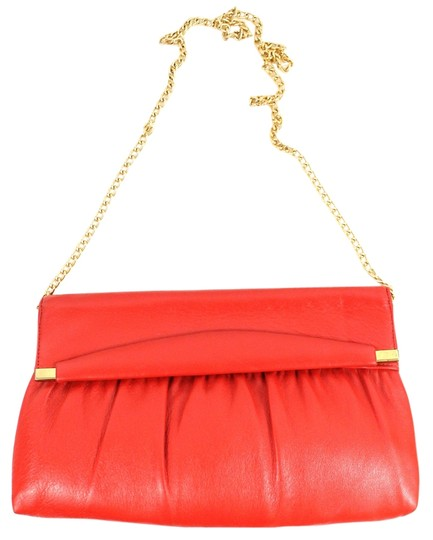 Preload https://item2.tradesy.com/images/no-name-leather-gold-chain-shoulder-bag-red-1453276-0-0.jpg?width=440&height=440