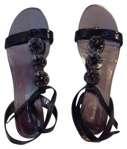 Enzo Angiolini Gunmetal/black Sandals