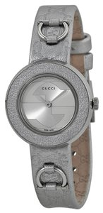 Gucci Logo Print Silver Metallic Leather Strap and Bezel Designer Ladies Casual Watch
