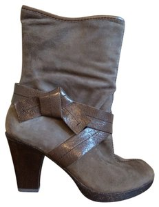 Naya Bootie Peep Toe Suede Taupe Boots