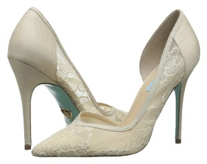 Betsey Johnson Blue By creme Pumps