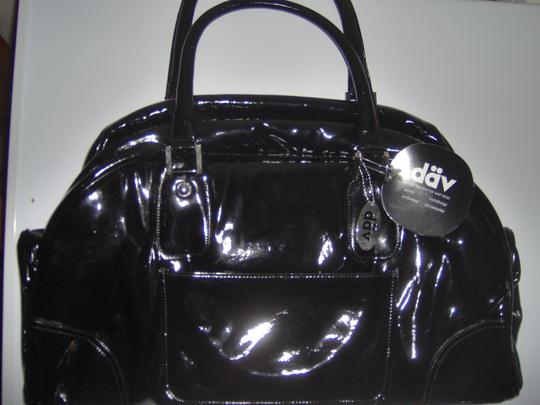 däv Black Travel Bag