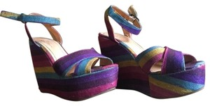 Very Volatile Rainbow Wedges