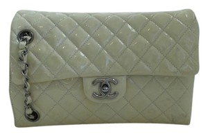 Chanel Cc Logo Quilted Shoulder Bag