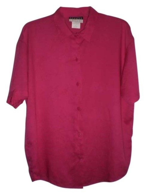 Preload https://item3.tradesy.com/images/fushia-like-new-short-sleeved-blouse-button-down-top-size-10-m-145447-0-0.jpg?width=400&height=650