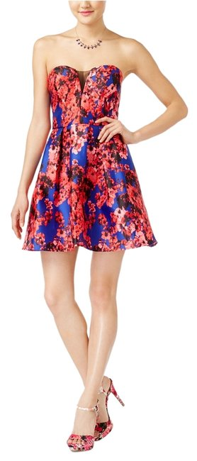 Item - Red/Blue Colorful Festive Printed Skater Above Knee Cocktail Dress Size 4 (S)