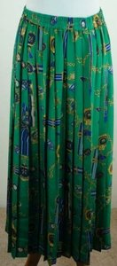 Alfred Dunner Knife Pleat Medallion Print Green Navy Gold Skirt Multi-Color