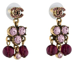 Chanel Gold-tone Chanel interlocking CC logo purple crystals chandelier drop earrings