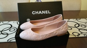 Chanel Camellia Interlocking Cc Pink Flats