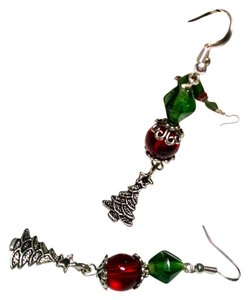 Other New Christmas Tree Earrings Handmade Dangle J441