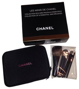 Chanel Les minis de Chanel makeup cosmetic travel bag set collection of 6 essential mini brushes collectible Authentic