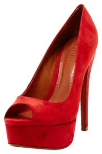 SCHUTZ Red Pumps