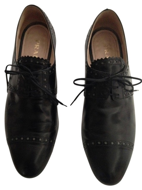 Item - Black Lace Up Loafers / Oxfords 38.5 Boots/Booties Size US 8.5 Regular (M, B)