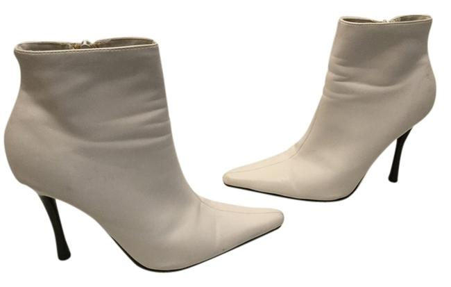 Item - White Stiletto Heels Padded Insoles Boots/Booties Size US 7 Regular (M, B)