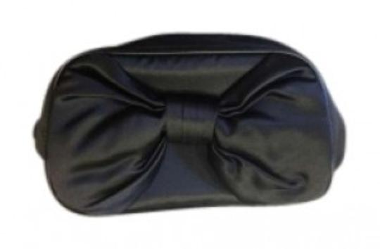 Preload https://img-static.tradesy.com/item/145547/dior-black-bow-makeup-travel-bnwt-cosmetic-bag-0-0-540-540.jpg