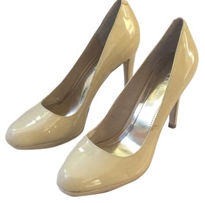 BCBGeneration Beige Pumps