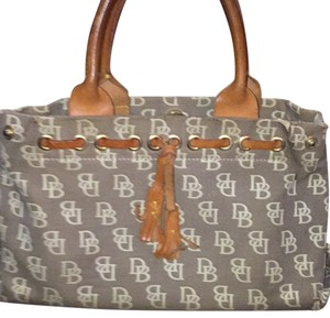 Dooney & Bourke Satchel in Tan/Beige