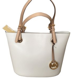 Michael Kors Pet And Smoke Free Tote in Optic White