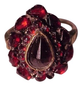 Victorian Lovely 9k Yellow Gold Genuine Rose Cut BOHEMIAN Garnets Ring , early 1800's