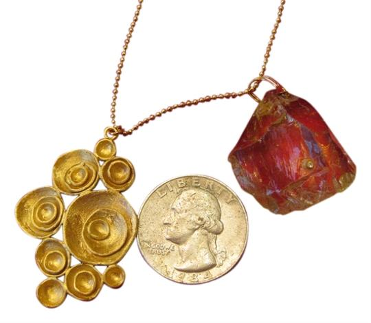 Preload https://item4.tradesy.com/images/indulgems-indulgems-raw-lemon-quartz-and-large-pod-charm-necklace-as-you-see-1455853-0-2.jpg?width=440&height=440
