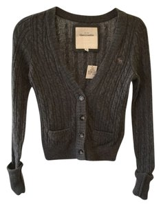 Abercrombie & Fitch Knit Cable Knit Cardigan