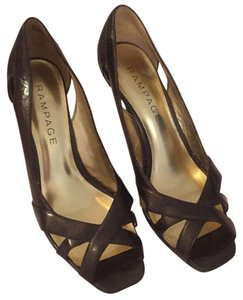 Rampage Brown pearl Pumps