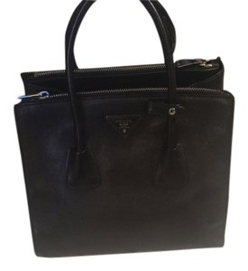 Prada Leather Double Zip Black Tote in Nero/Black