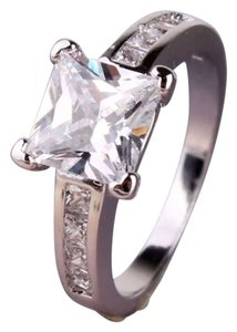 Other New Princess Cut White Sapphire & 18k White Gold Filled Ring