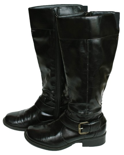 Preload https://item2.tradesy.com/images/sbicca-vintage-buckle-leather-black-patent-boots-1457321-0-0.jpg?width=440&height=440
