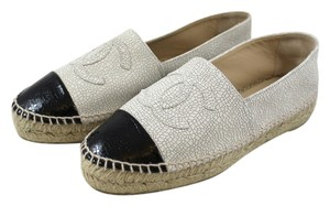 Chanel Collection Espadrilles 2015 Slip Ons Boat Beige and black Flats