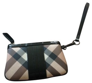 Burberry Wristlet in Black/Nova Check