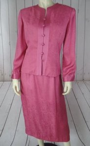 Adrianna Papell Adrianna Papell Skirt Blazer Suit Pink Silk Button Front Embossed Lined Chic