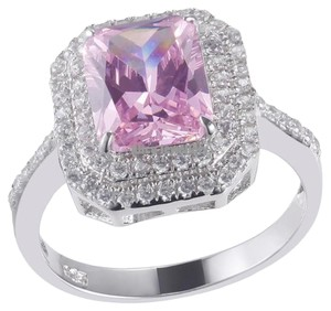 9.2.5 Gorgeous pink and white sapphire square cocktail ring size 7.