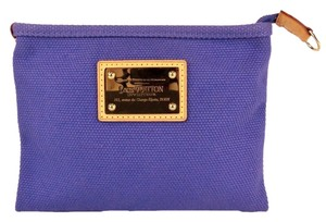 Louis Vuitton Hand Make Up Lv Canvas Purple Clutch