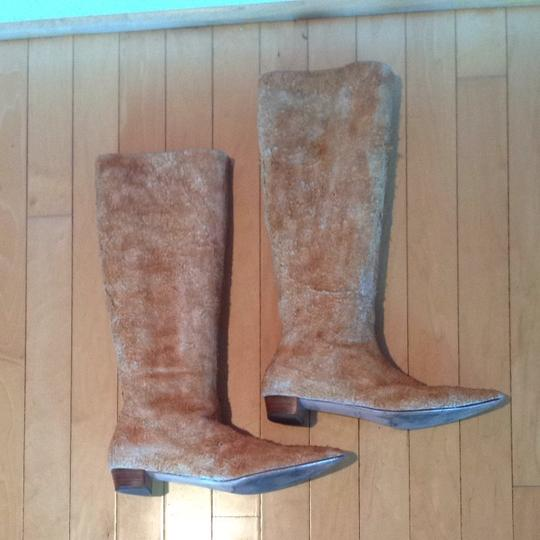 Helmut Lang Cream Suede Size 7 Narrow Tan CREAMISH Boots