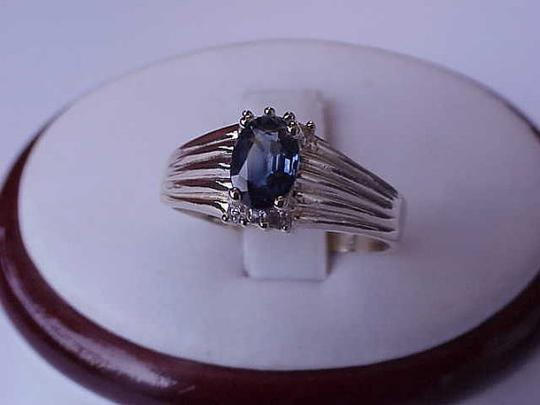 Other Estate Vintage 14k Yellow Gold Genuine Blue Sapphire & Diamonds Ring Image 4