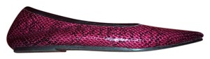 Chatties Snakeskin Hot pink and black. Flats