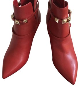 Valentino the color for the new season Red Boots