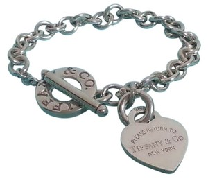 Tiffany & Co. Authentic Tiffany & Co. Sterling Silver RTT Heart Charm Toggle Bracelet