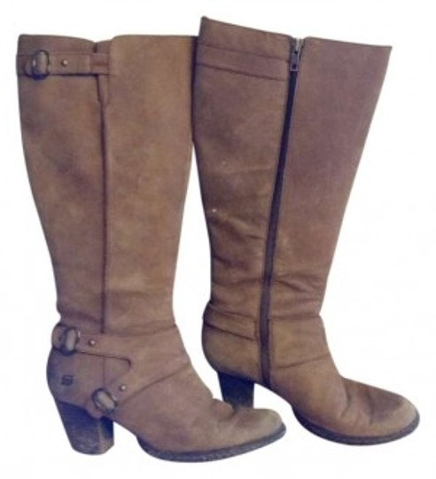 Preload https://item1.tradesy.com/images/born-tan-bootsbooties-size-us-10-145805-0-0.jpg?width=440&height=440