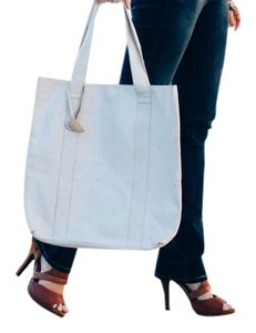 Old Navy Leather Tote in White/Cream