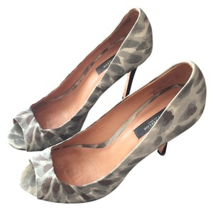 Ann Taylor Peep Toe Heels grey and silver Pumps