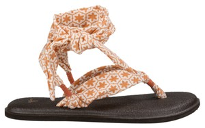 Sanuk Yoga Slinged Up Melon Flower Pattern Sandals