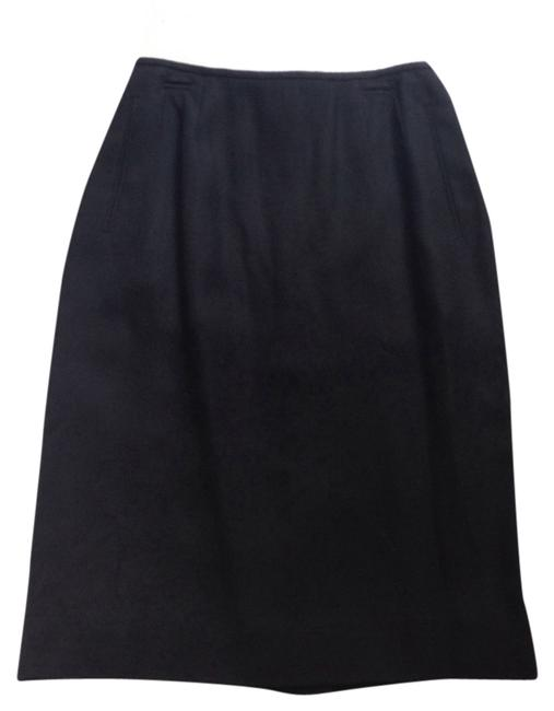 Preload https://img-static.tradesy.com/item/14588506/liz-claiborne-black-new-women-s-knee-length-skirt-size-6-s-28-0-1-650-650.jpg